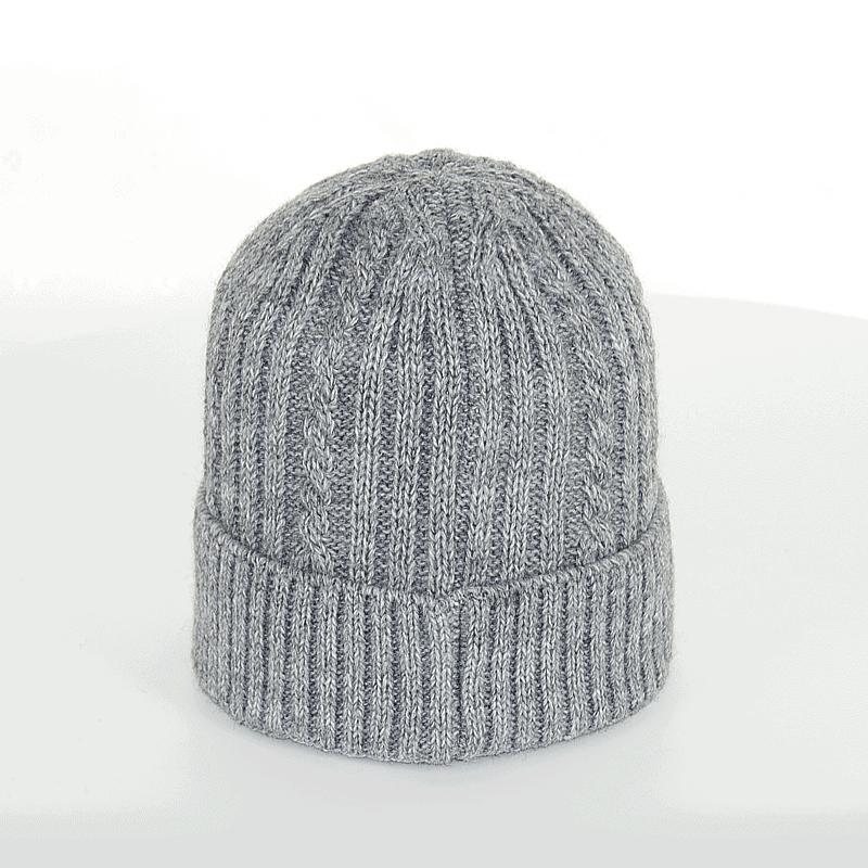 czapka-meska-szara-warkoczyk-tyl