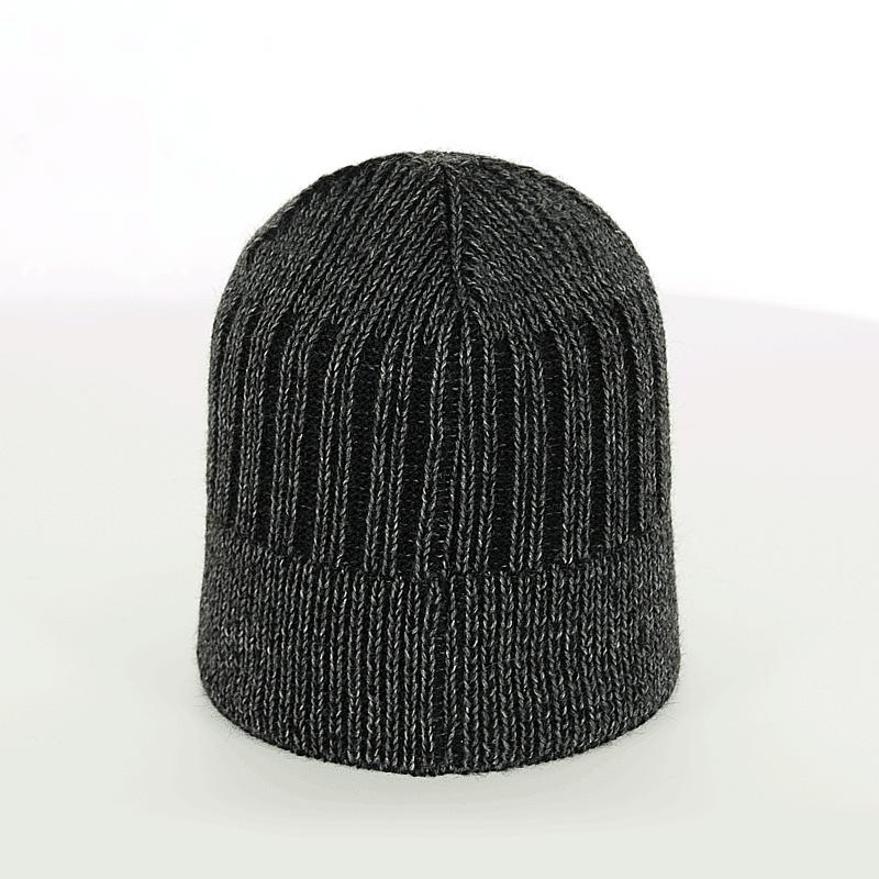 czapka-zimowa-antracyt-czarna-tyl